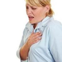 Чем опасна боль в ребрах и как ее лечить?
