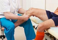 Лечение артрита коленного сустава методом кинезиотейпинга : Артрит колена лечит кинезио тейп