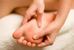 Лечение боли в стопе методом кинезиотейпирования : Купить кинезио тейп ARES