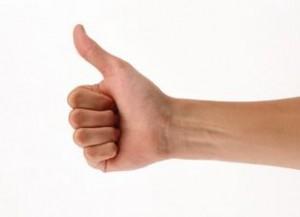 Вывих большого пальца руки - лечит кинезио тейп